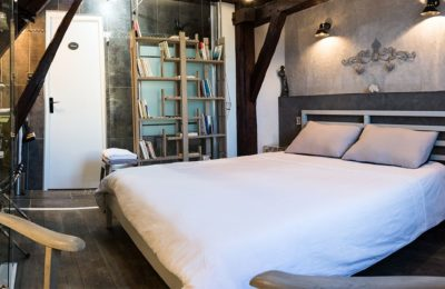Chambre Loft - Maison d'Hotes LesConviv Chartres