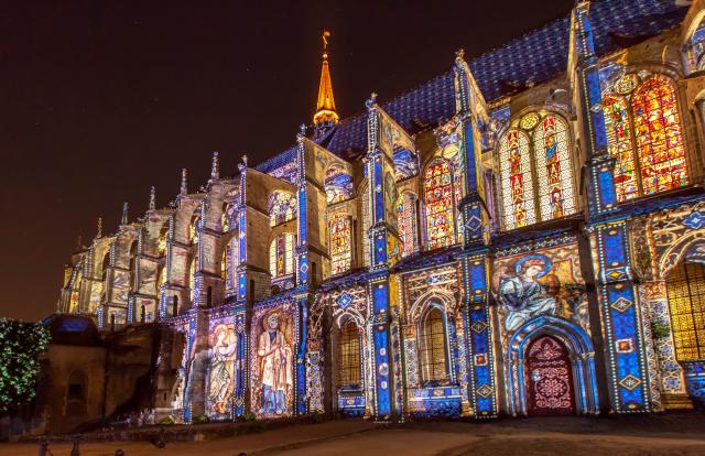 Dormir à Chartres et à proximité de l'itinéraire de « Chartres en Lumières »
